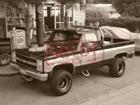 "VERKAUF: Chevy K-10  Pick-Up 4x4 im ""Colt Seavers""-style"